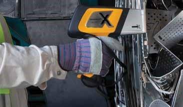 DELTA Handheld Alloy Steel Analysis
