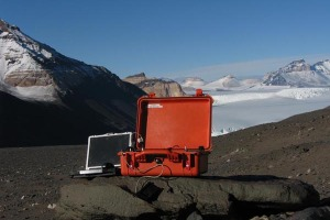 XRD/XRF Terra Portable in the snow